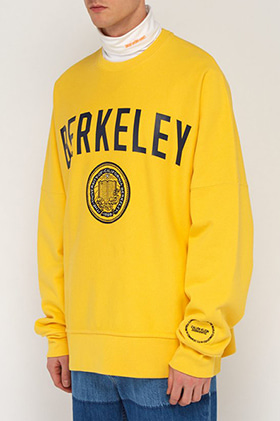 C205 Yellow 'BARKELEY' Print Sweatshirts(의견 수렴중)